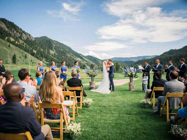 Outdoor wedding in Jackson Hole, WY